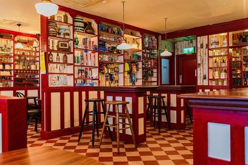 Anne's Bar & Hardware
